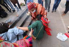Cusco: candidata Verónika Mendoza cae al suelo durante homenaje a Túpac Amaru II (VIDEO)