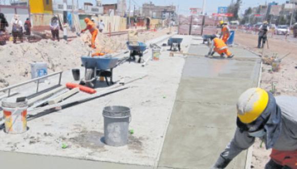 Obra no podrá continuar en Zona Monumental de no tramitar autorización, advierte representante del Ministerio de Cultura en Arequipa. (Foto: Correo)