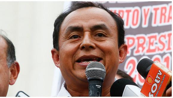 Gregorio Santos recolecta fondos para pagar caución