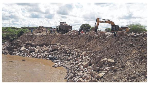 A tres años y medio del fenómeno El Niño costero y el desborde del río Piura, la reconstrucción no llega ni al 20%, según la Comisión de Seguimiento del Proceso de Reconstrucción del Congreso. Los damnificados piden acelerar los proyectos en la región.