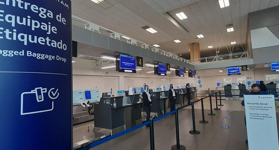 Latam Airlines anuncia que reanudará vuelos internacionales en octubre