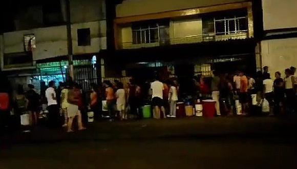 Falta de agua en Lima: Así hicieron cola a las 3am en los puntos de distribución (VIDEO)