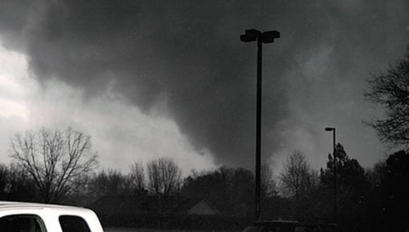 Tornados impactan Arkansas y Oklahoma