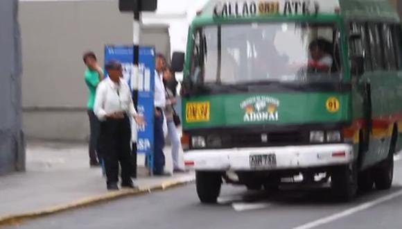 Custers invaden Corredor Azul ante ausencia de inspectores (Video)