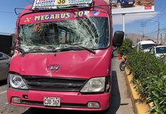 Una mujer herida en choque de bus con un camión en Arequipa