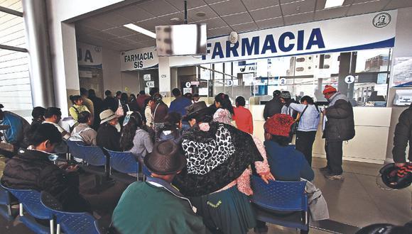 Faltan 40 mil médicos para atender en los hospitales públicos