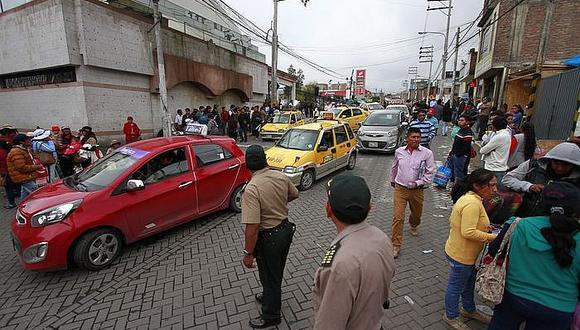 Canje de permisos transitorios para taxistas empieza en abril