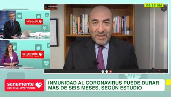 """""""Hay datos y son sólidos"""", asegura el doctor Elmer Huerta sobre la solicitud de Pfizer a la FDA. (Foto: captura video América TV)."""