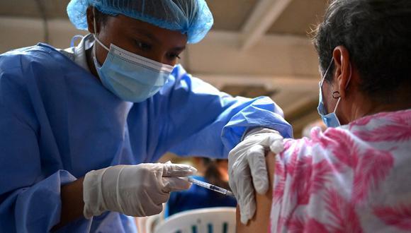Desde esta semana, el compuesto chino es usado para vacunar a la población mayor de 40 años en Lima y Callao. También será empleada durante la cuarta vacunatón de este fin de semana. (Foto: archivo GEC)