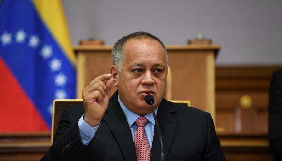 """Diosdado Cabello indicó que esta es una forma de """"silenciar"""" a los chavistas en las redes sociales. (Foto: Yuri CORTEZ / AFP)"""