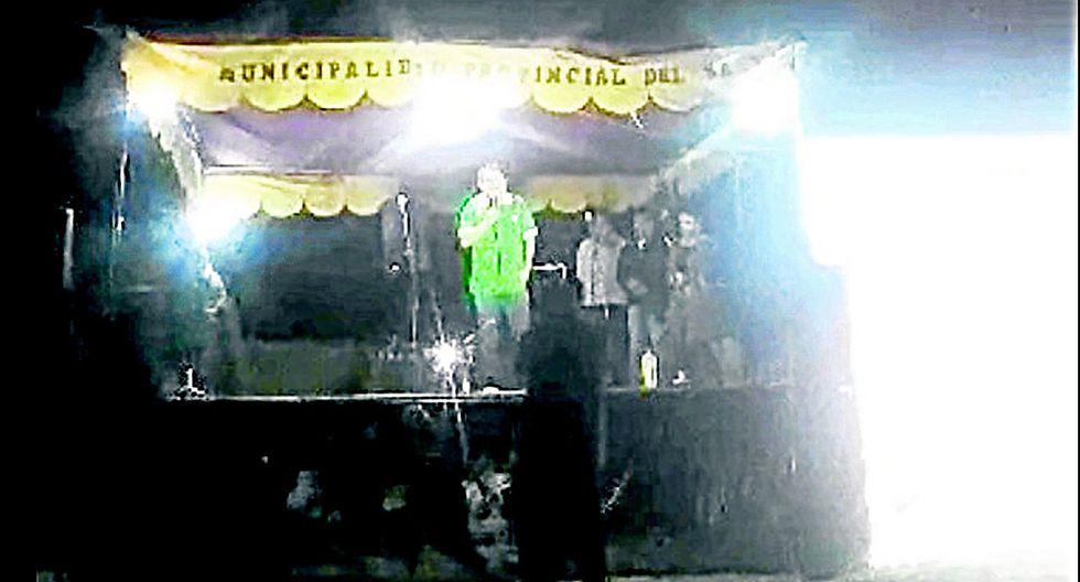 Río Santa usa estrado de la MPS para hacer proselitismo en el sur (VIDEO)