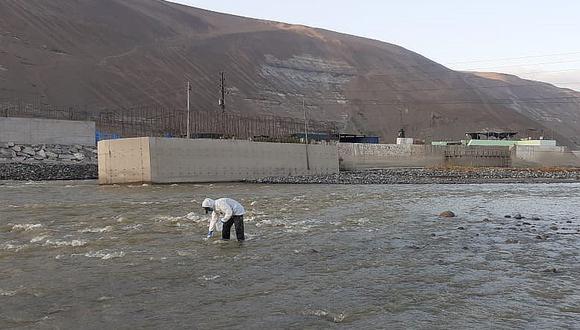Ante coloración del río Tambo, informe revela que no hay contaminación y pobladores no creen