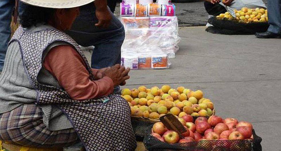 Retrocede el ordenamiento del comercio ambulatorio en la ciudad de Puno