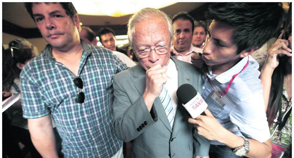Pastor Humberto Lay renuncia a postular a la vicepresidencia y al Congreso con Acuña