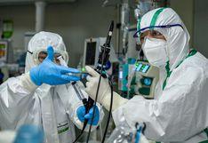 China no registra contagios locales por coronavirus, pero aumentan casos desde el exterior