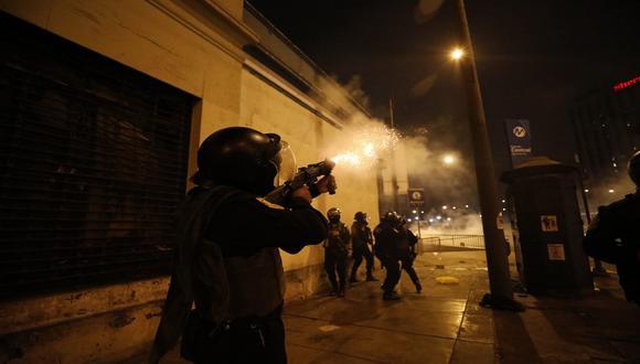 Policía Nacional confirmó uso de gases lacrimógenos y perdigones, pero no de canicas. (Foto: César Bueno/Gec)