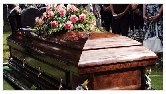 Estados Unidos: enterró a su hijo y 11 días después recibió su llamada