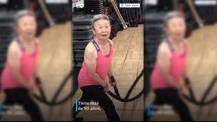 Japón: entrenadora de 90 años sorprende en redes sociales