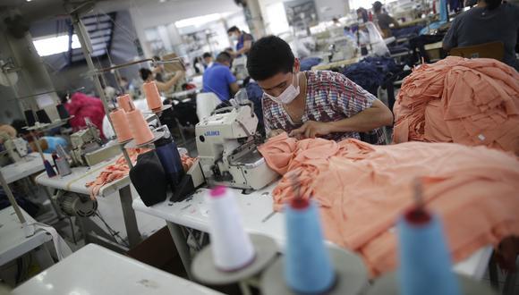 El 85% de ropa para venta que hay en el Perú es importada y solo el 15% es producto nacional. (Foto: GEC)