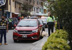 Los Olivos: sicarios asesinaron a balazos a tres personas frente a un parque donde jugaban varios niños