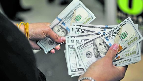 Experto brinda sugerencias para que los ciudadanos puedan cuidar su dinero. (Foto: Joel Alonzo/GEC)