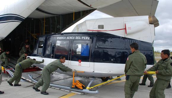 FAP ensambla helicóptero en hangar de la Antártida