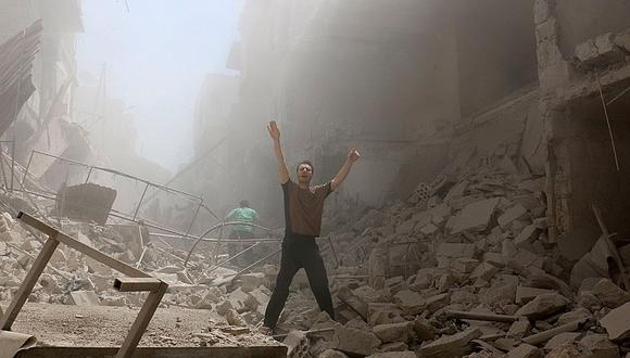 Siria: Mueren cerca de 60 civiles en ataques aéreos