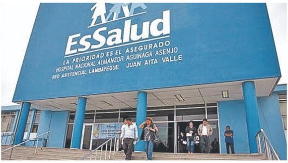 Advierten que se han reportado nuevos casos en pacientes con Covid-19 del nosocomio Almanzor Aguinaga.