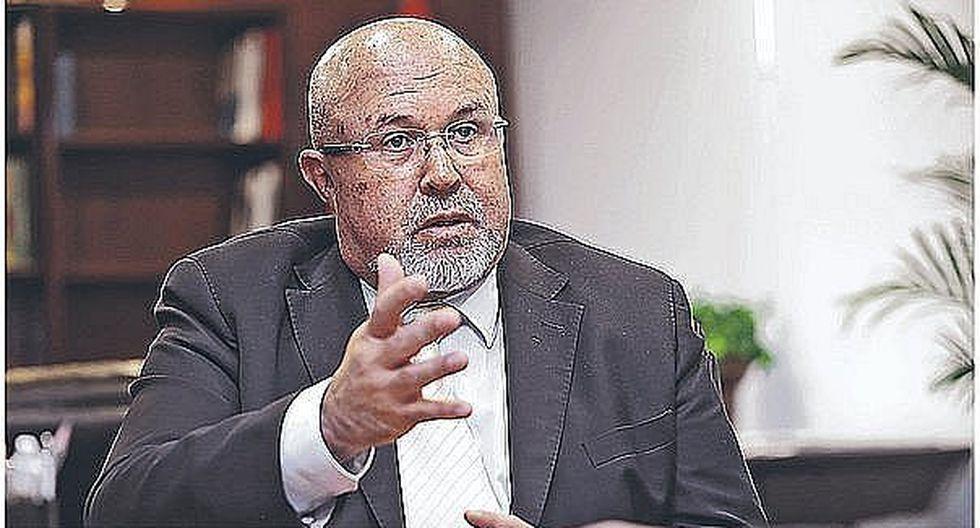 Carlos Bruce: Me parece extraño que el Gobierno no quiere que el TC analice disolución del Congreso