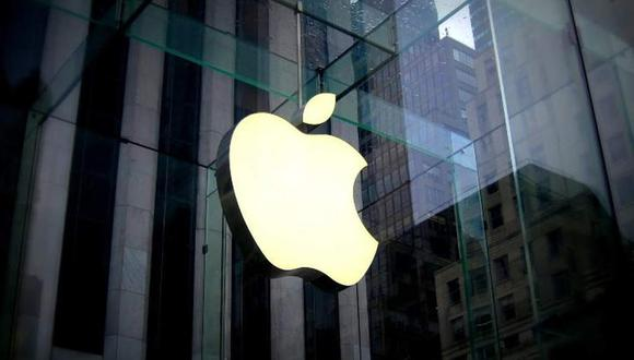 La firma de la manzana, creada en 1976 por Steve Jobs, es la segunda de toda la historia que alcanza semejante magnitud bursátil, por detrás de la petrolera estatal saudí Saudi Aramco