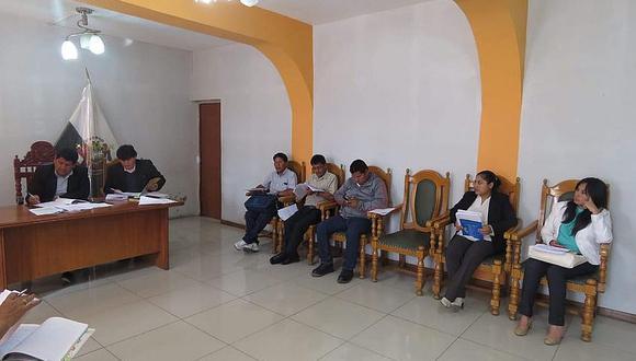 Cuatro regidores de la comuna de Paucarpata pidieron licencia