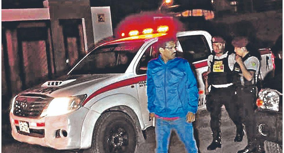 Intervienen a jefe de penal de Cambio Puente en local deportivo con vehículo oficial