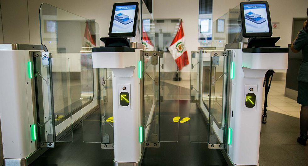 Aeropuerto Jorge Chávez: Puertas Electrónicas agilizan control migratorio de pasajeros