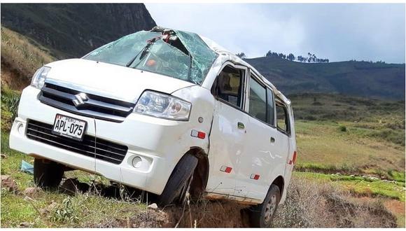 Combi se despista y deja 10 heridos en Otuzco