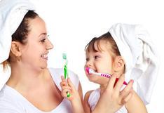 ¿Cómo cuidar la salud bucal de la gestante y el bebé?