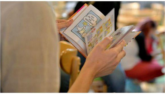 Cadena de comida rápida entrega un millón de libros a América Latina