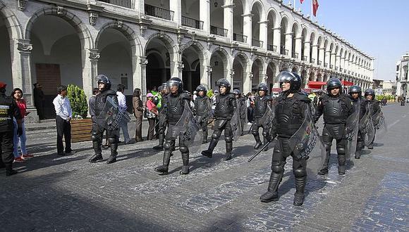 Serenos y efectivos evitarán el ingreso a la Plaza de Armas de Arequipa durante la noche de Halloween