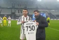 Cristiano Ronaldo recibió una camiseta de Juventus con el número 750 en la espalda (VIDEO)