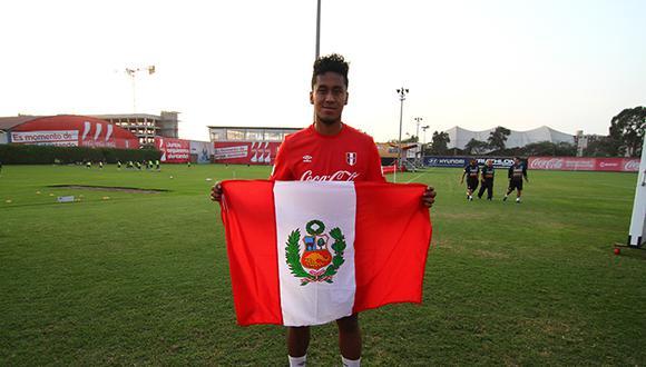 Mira el primer gol de Renato Tapia en la Liga Holandesa