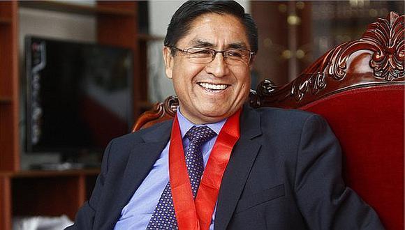 César Hinostroza: Su abogado niega que viaje a España sea una fuga