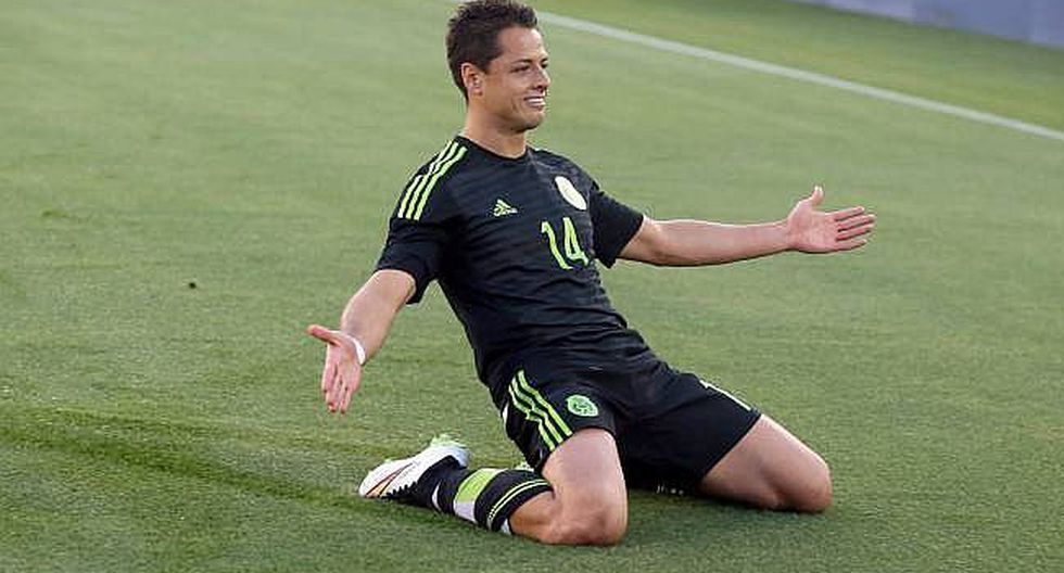 Champions League: Chicharito celebra su gol 100 en Europa (VIDEO)