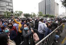 Cientos de fieles llegan a Las Nazarenas para ver al Señor de Los Milagros