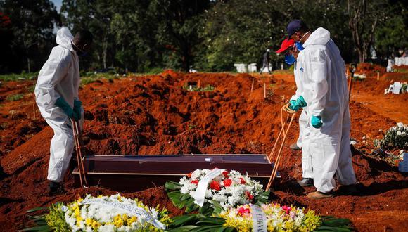Brasil es el segundo país con más fallecidos, detrás de Estados Unidos, aunque actualmente es el lugar del planeta donde más se muere por Covid-19. (Foto: EFE/ Fernando Bizerra)