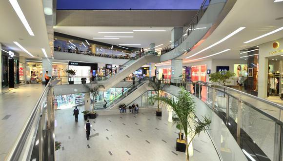 Para los centros comerciales los domingos representan el 30% o más de sus ventas.