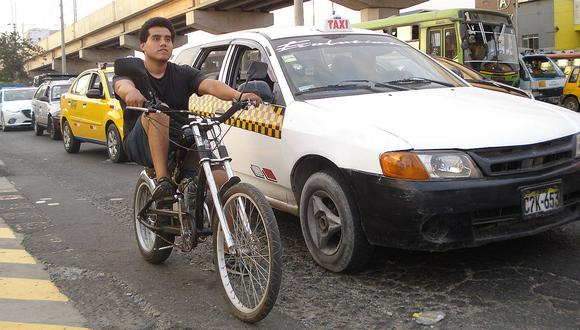 Bicimotos, una alternativa que gana terreno entre el caos vehicular de Lima