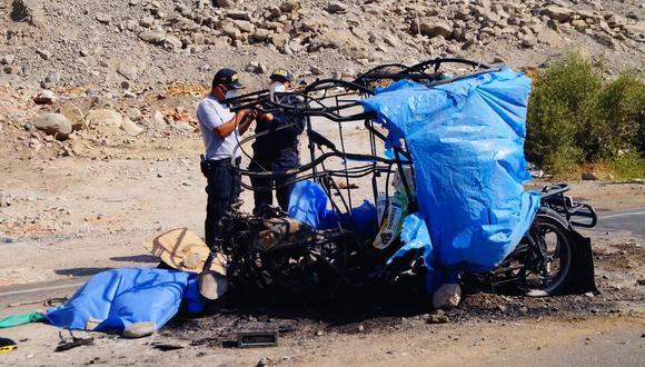 Dos personas fallecen por explosión de mototaxi en Cañete. (Foto: Fernando Zavala)