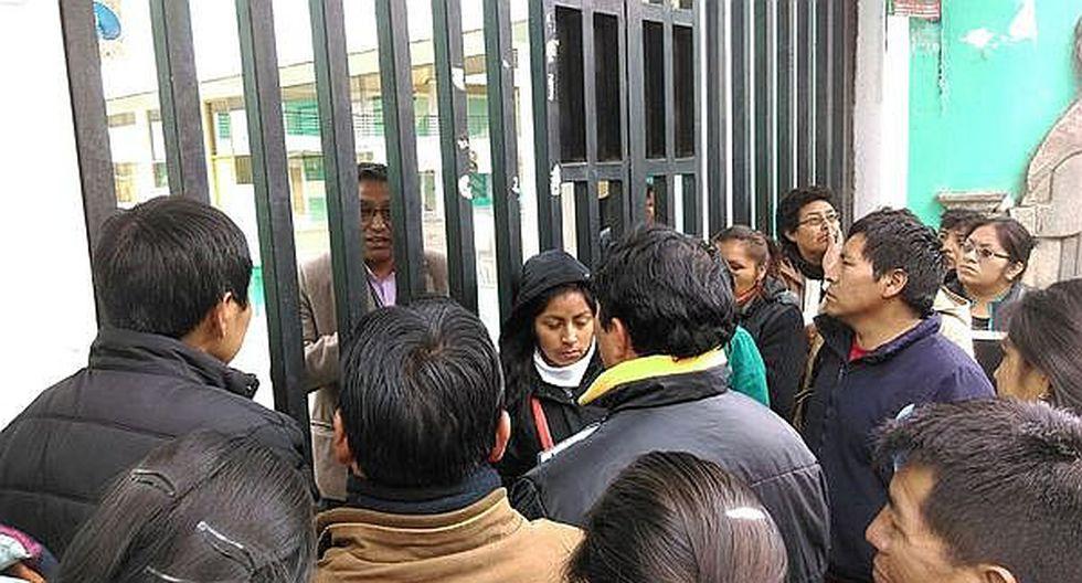 15 padres se quedan sin vacante para sus niñas en 'Las Verdes'