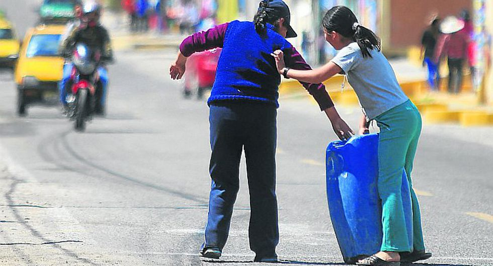 Pobladores se quejan por falta de agua en Salas - Guadalupe