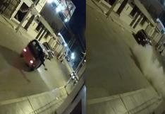 Cámaras registran a desconocidos arrojando explosivo a empresa de transporte en Cañete (VIDEO)