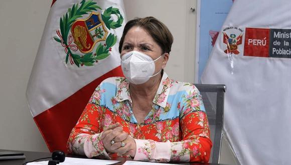 Ministra de la Mujer, Rosario Sasieta, destacó cualidades profesionales de la ministra de Economía, María Antonieta Alva. (Foto: Andina)